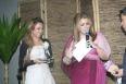Ligia Matiko proprietária da rede de Buffets Evento Perfeito, recebendo o prêmio de Empresária do ano.